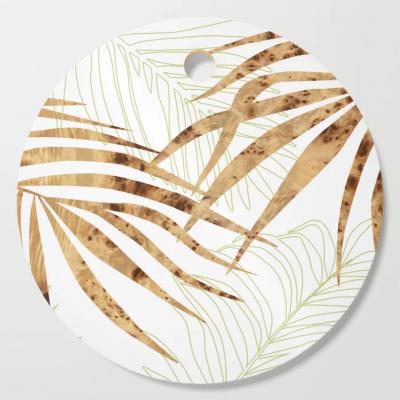 palm in wood cutting board